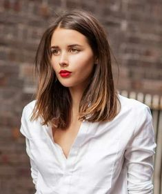 Caschetto lungo very long bob, root color 2015 Hairstyles, Short Hairstyles For Women, Pretty Hairstyles, Straight Hairstyles, Lob Haircut Straight, Blunt Haircut, Hipster Hairstyles, Long Haircuts, Blonde Hairstyles