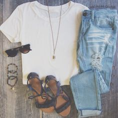 Casual summer outfits with jeans, spring outfits, casual outfits, cute Teen Fashion, Fashion Outfits, Womens Fashion, Ootd Fashion, Fall Fashion, Fashion Ideas, Mode Outfits, Casual Outfits, Casual Ootd