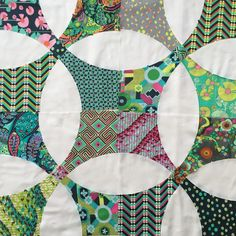 Scrappy Quilts, Mini Quilts, Amy Butler, Quilting Projects, Quilting Designs, Flowering Snowball Quilts, Circle Quilts, Quilt Blocks, Nancy Zieman