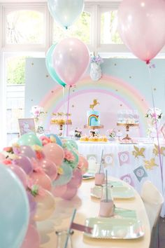 Floral do partido do arco-íris Glam Unicorn aniversário em Idéias do partido de Kara | (9)