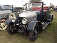 1926 'Bullnose' Morris Oxford | Flickr - Photo Sharing! Vintage Auto, Vintage Cars, Antique Cars, Morris Oxford, Old Lorries, Civil Aviation, Car Car, Buses, Motor Car