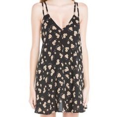 Brandy Melville Selda Daisy Dress Excellent condition Brandy Melville Dresses