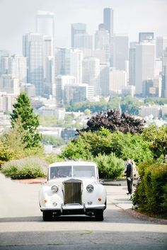 Downtown City Scapes and lush greenery all in the same photo.  This must be Seattle!  Photos by Clane Gessel Photography #weddings #photography #seattleweddings
