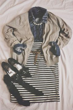 Good school outfit. Jean blouse or shirt with baggy cardigan on top and a tight patterned skirt. Leather leggings would work as well.