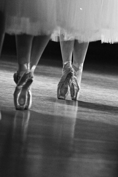 photo by choji nakahodo  in my dreams...dance