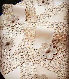 icu ~ Pin on Dantelă ~ Crochet Baymax - Meet 'Hulk': The Giant Family Pit Bull Crochet Motifs, Crochet Borders, Crochet Doilies, Crochet Flowers, Cotton Crochet, Irish Crochet, Crochet Home, Hand Crochet, Baby Knitting Patterns