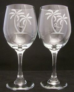 Tropical Bride Groom Wedding Toasting Glasses Wedding gifts, Bridal shower gifts - $29.99 - Handmade Glass, Crafts and Unique Gifts by Etched Dreams #weddinggifts #wedding #weddingglasses #beachweddings