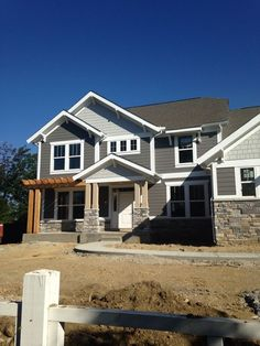 Home is what you are, The exterior is the face of the house that everyone will see in the first part. Come to get an Idea of Modern Exterior Design House Trim, House Siding, House Paint Exterior, Exterior Siding, Exterior Remodel, Exterior Paint Colors, Exterior House Colors, Paint Colors For Home, Exterior Houses