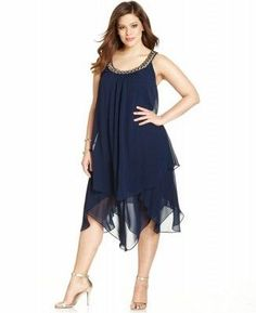 SL Fashions Plus Size Sleeveless Tiered Shift - Dresses - Plus Sizes - Macy's Curvy Girl Fashion, Fashion Mode, Plus Size Fashion, Plus Size Black Dresses, Plus Size Outfits, Plus Size Flapper Dress, Vestidos Plus Size, Looks Plus Size, Moda Plus Size