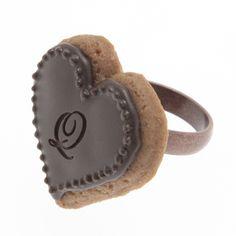 Heart Sugar Cookie Ring (Chocolate) | Q-pot.