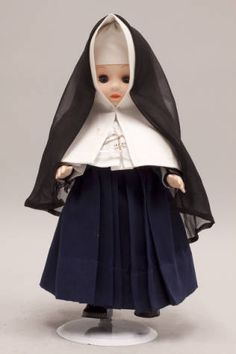 Doll wearing habit worn by Religious of the Sacred Heart of Mary :: Catholic Sisters International