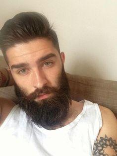 Anny Teixeira: Por um mundo com mais homens barbudos.