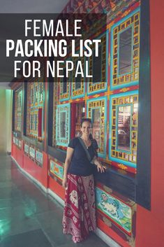 Visiting Nepal but not trekking? Use this 12-day female packing list for Nepal as your guide to pack exactly what you need for your trip! #TBIN #HTM2017 #NaturallyNepal