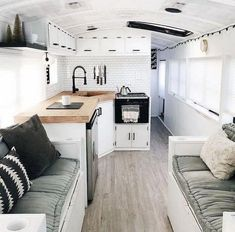 33 Cozy Decor & Design RV Family for Holiday Love this caravan makeover! So nice to see a monochrome scheme. I might do similar for our next caravan renovation! The post 33 Cozy Decor & Design RV Family for Holiday appeared first on Urlaub. Caravan Makeover, Caravan Renovation, Camper Makeover, Home Renovation, Bus Living, Tiny House Living, Living Rooms, Living In A Trailer, Tiny Home Trailer