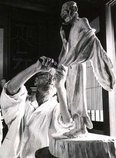 Japanese sculptor HIRAKUSHI Denchu (1872-1979) 平櫛田中