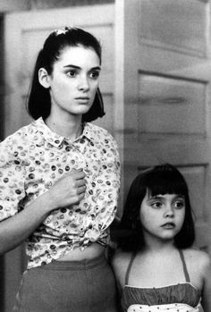 """""""Winona Ryder & Christina Ricci star in Mermaids, 1990 """" Winona Ryder Style, Winona Ryder 90s, Johnny And Winona, Winona Ryder Beetlejuice, Mermaid Movies, 90s Grunge Hair, Winona Forever, Actrices Hollywood, 90s Fashion"""
