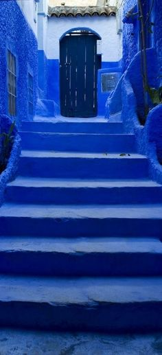 Jaidpur India, the city that is entirely painted in vibrant shades of blue