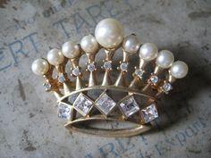 Vintage Crown Brooch <3