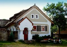 Vernacular Architecture, Architecture Design, Traditional House, Hungary, Countryside, Sweet Home, Farmhouse, House Design, Cabin