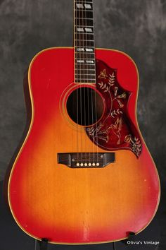 1969 Gibson HUMMINGBIRD Cherry Sunburst > Guitars : Acoustic - Olivia's Vintage | I want one!