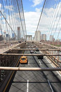 Impossible de passer à côté du Brooklyn Bridge pour un premier voyage à New York. Ce pont magnifique vous attend pour une belle promenade. La suite sur mon blog voyage We Love New York.