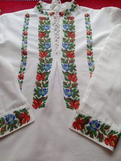 Discover recipes, home ideas, style inspiration and other ideas to try. Craft Accessories, Beaded Embroidery, Floral Tie, Bridal Dresses, Creative, Crafts, Costume, Popular, Cute Cross Stitch