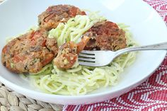 22. Tomato Balls (Tomatokeftedes) and Tzatziki Zucchini Pasta   25 Healthy Meals You Can Make With A Spiralizer