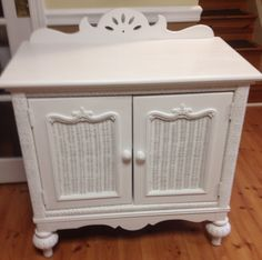 Vintage Lexington wicker console painted ASCP Pure White Wicker, Furniture, Ascp, Pure White, Home Decor, Annie Sloan Old White, Chalk, Vintage, White