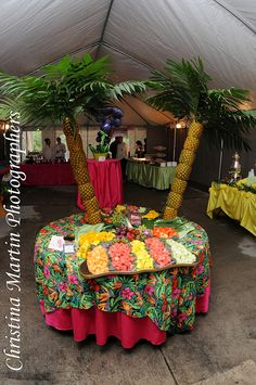 Santoni's Tropical Fruit Displays include a wide variety of the freshest fruits & our Pineapple Palm Trees Palm Tree Fruit, Pineapple Palm Tree, Pineapple Fruit, Palm Trees, Fruit Tables, Fruit Buffet, Fruit Display Wedding, Havana Nights Party, Safari Theme Birthday