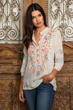 The BETHANIE TUNIC is back for #fall2018 #johnnywas