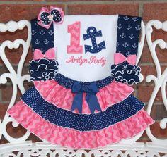 Première tenue d'anniversaire fille