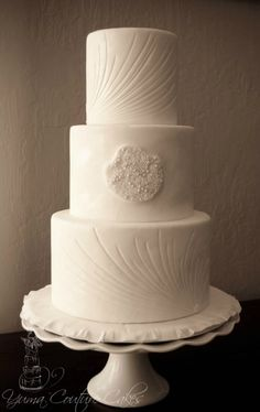 Carved Buttercream cake by Yuma Couture cakes in Yuma Arizona Cream Wedding Cakes, Fondant Wedding Cakes, Fondant Cupcakes, Buttercream Cake, Cupcake Cakes, Beautiful Cakes, Amazing Cakes, Girly Cakes, Modern Cakes