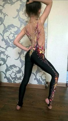 Одноклассники Gymnastics Suits, Rhythmic Gymnastics Leotards, Dance Leotards, Dance Outfits, Dance Dresses, Young Girl Models, Little Girl Leggings, Latin Ballroom Dresses, Cute Little Girl Dresses