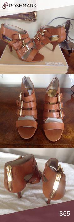 CUTE MICHAEL KORS BUCKLE SANDAL HEELS MICHAEL KORS SANDAL, NEW IN BOX, SIZE 7 KORS Michael Kors Shoes Heels