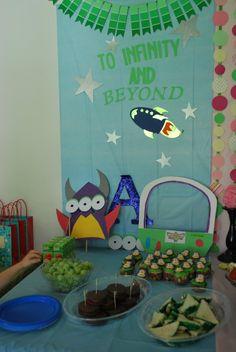 Buzz Lightyear theme party