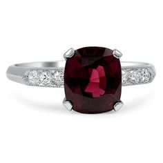 Antique engagement rings from the mid-century Retro era are unique, artistic and absolutely dazzling.