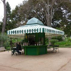This is a public library in a public park in Lissabon. As far as I can tell, it operates kind of like a static bookmobile, serviced with a rotating stock of books from other branches. There need to be more garden libraries in the world.