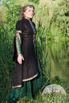 Mittelalter Kleid mit Oberkleid Prinzessin des Waldes