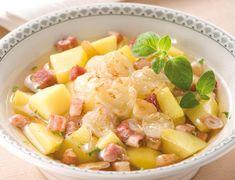Czech Recipes, Thing 1, Fruit Salad, Food, Club, Instagram, Fruit Salads, Essen, Meals