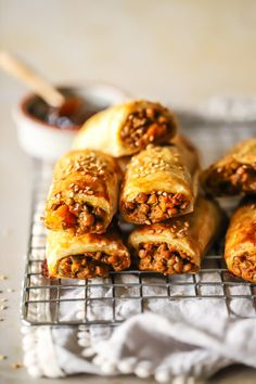 Lentil Bobotie sausage rolls - Life in the South Vegan Foods, Vegan Dishes, Vegan Recipes, Vegan Curry, Lentil Curry, Vegan Sausage Rolls, Becoming Vegetarian, Baked Bakery, Cooking