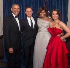 Pres. Obama, Tony Goldwyn, Michelle Obama, Bellamy Young -- real president and first lady with SCANDAL (ABC) president and first lady. White House Correspondents Dinner, May 3, 2014
