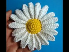 How To Crochet A daisy