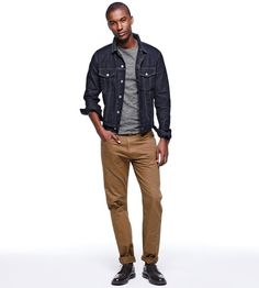 Men's Go-To Outfit Combinations - Denim Jacket & Beige Chinos Beige chinos complement dark indigo denim jackets wonderfully, with the combination able to be pulled together with a plain tee or smarter Oxford button-down for a go-to weekend look.