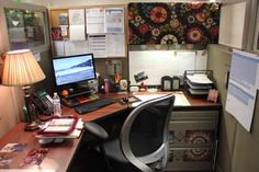 Group 1 Vote for me in ROSI's Cubicle Decorating Contest.  Tamera's cube.  Thanks!