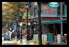 Bar Harbor, Maine - a wonderfully quaint and beautiful town with the magnificent Acadia National Park nearby. Vacation Destinations, Dream Vacations, Vacation Spots, East Coast Road Trip, Oh The Places You'll Go, Places To Travel, Places To Visit, Acadia National Park, National Parks