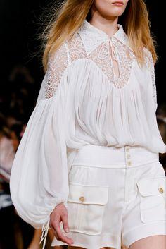 Sfilata Chloé Parigi - Collezioni Primavera Estate 2015 - Vogue
