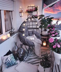 comfy apartment balcony decorating ideas on a budget 2019 page 12 – Home Decor Ideas – Grandcrafter – DIY Christmas Ideas ♥ Homes Decoration Ideas Small Balcony Decor, Small Balcony Design, Balcony Ideas, Balcony Decoration, Modern Balcony, Outdoor Balcony, Outdoor Spaces, Condo Balcony, Small Balcony Garden