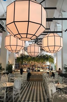 In honor of Word Design Summit, we are going to share with you or top 8 favorite lighting stores in Vancouver, Canada. Restaurant Hotel, Architecture Restaurant, Restaurant Lighting, Restaurant Concept, Coffee Shop Design, Cafe Design, House Design, Design Shop, Bar Interior