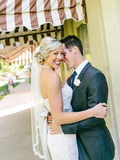Real Wedding: Lindsey and Ryan | Justin Alexander @ Stafford's Perry Hotel, Petoskey, Michigan (MI) from Le Salon Bridal Boutique | Michigan, Chicago, Indiana
