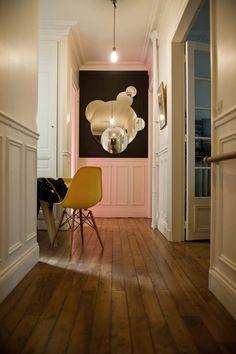 Candle designer Marianne Guedin's super chic Paris apartment #onekingslane